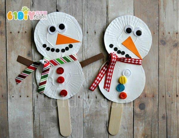 教宝宝制作可爱的小雪人