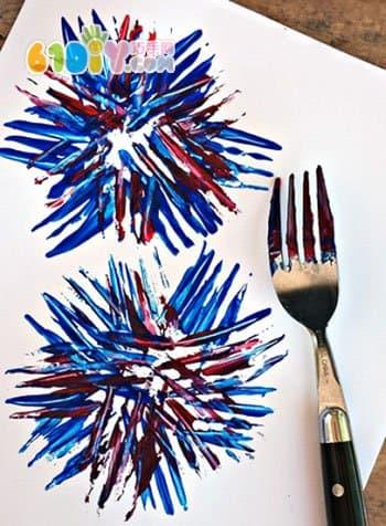 新年创意涂鸦 用叉子画烟花图片