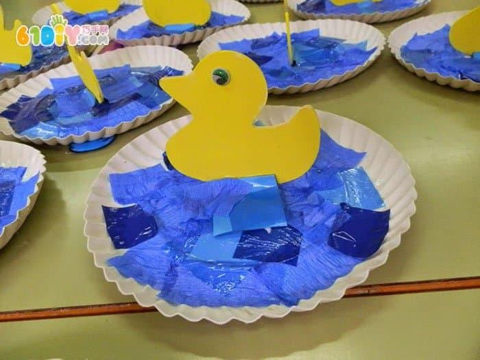 幼儿园春天手工 池塘里的小鸭子图片